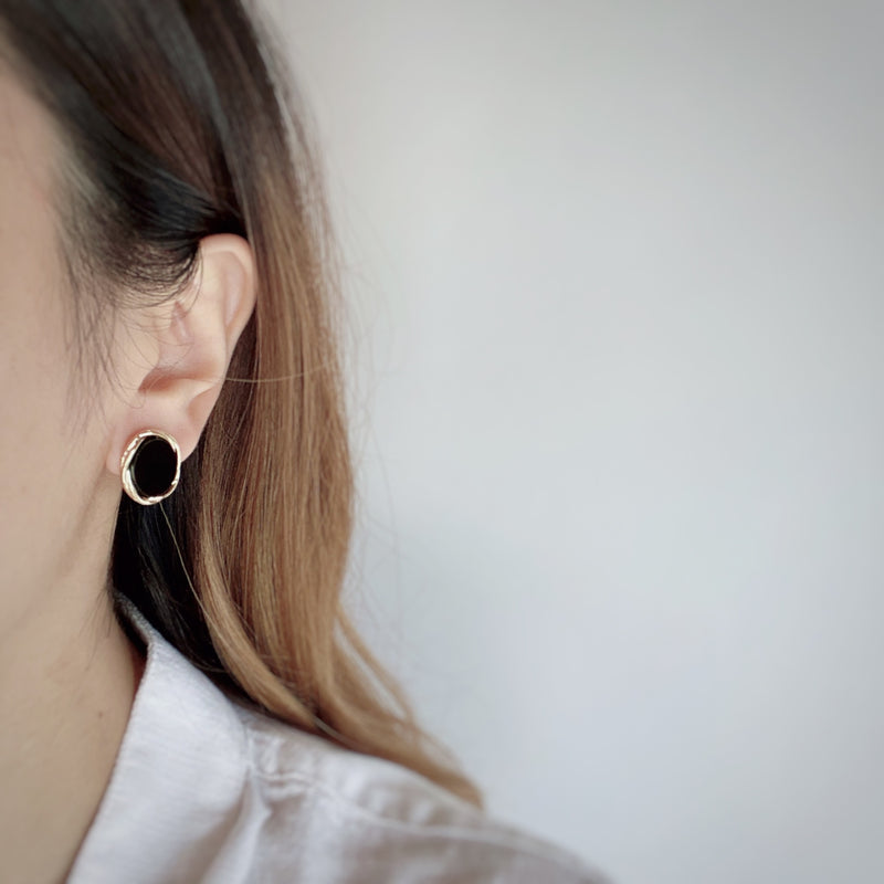 border color pierce