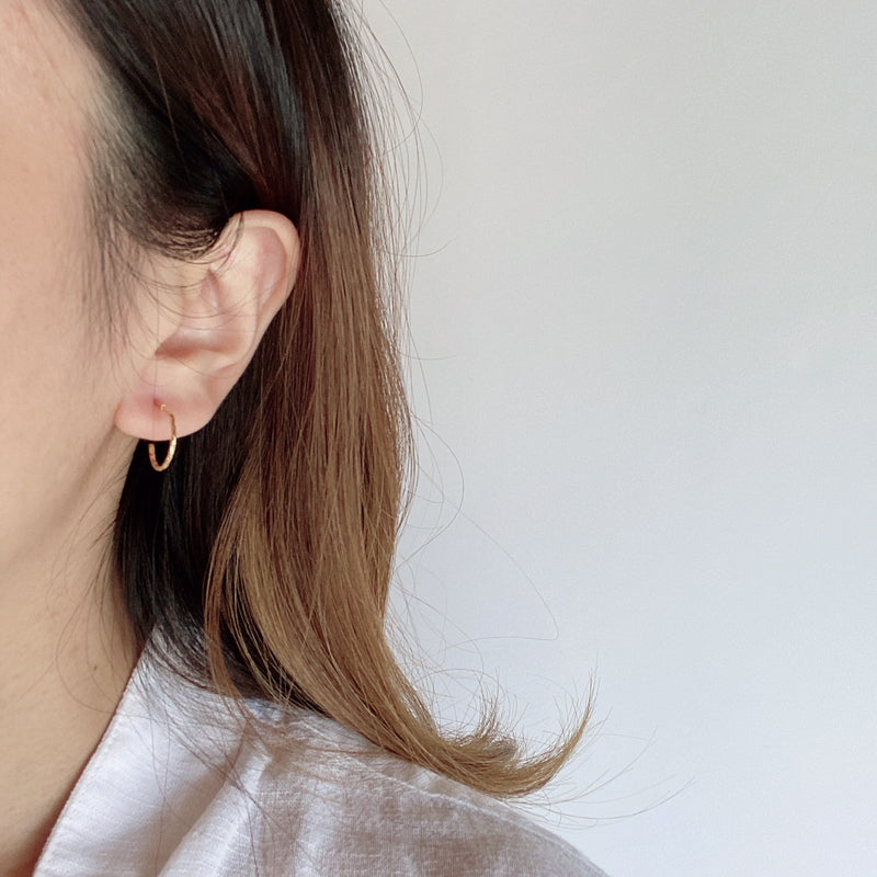 twist thin pierce