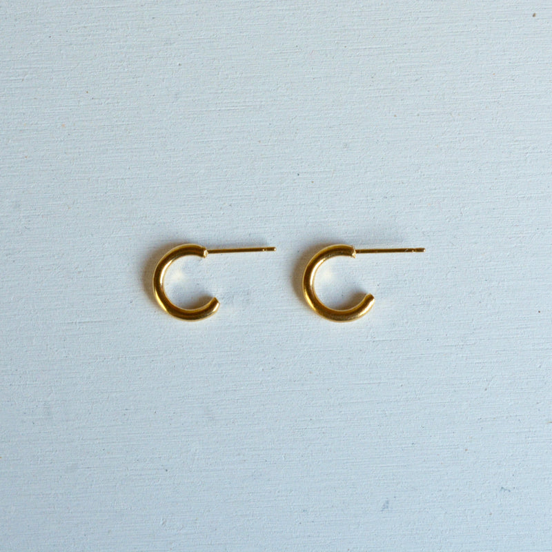 mini crescent pierce