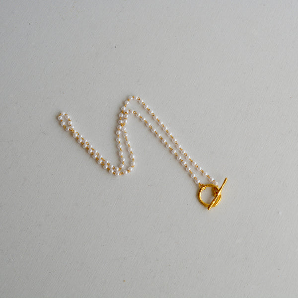 lock chain pearl necklace