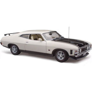 CLASSIC CARLECTABLES Ford XA Falcon RP083 Coupe Polar White