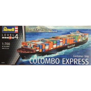 "REVELL 1/700 Container Ship ""Colombo Express"" (95-05152)"