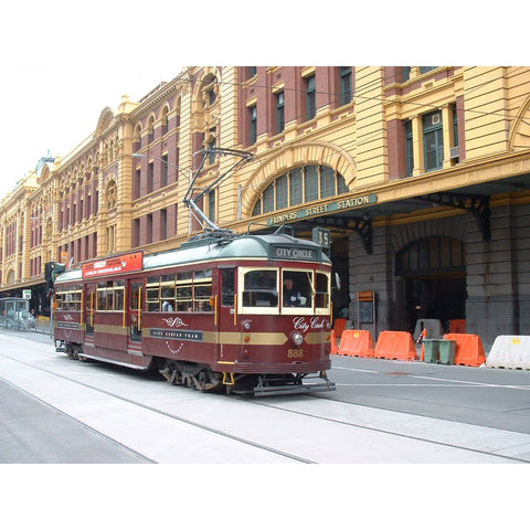 Image of COOEE CLASSICS HO/OO 1:76 Scale W6 TRAM - MELBOURNE CITY CIRCLE