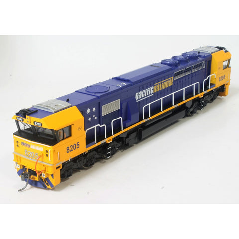 ON TRACK MODELS HO Pacific National 82 Class Loco 8205