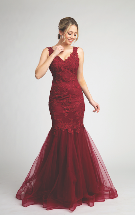 Stunning Lace Mermaid Style Gown with Fitted Bodice #FA053055