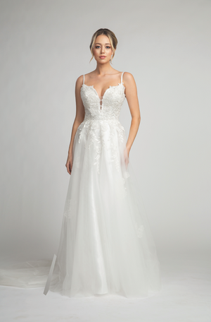 Elegant Deep Neckline Wedding Gown with Embroidered Bodice #FA053142
