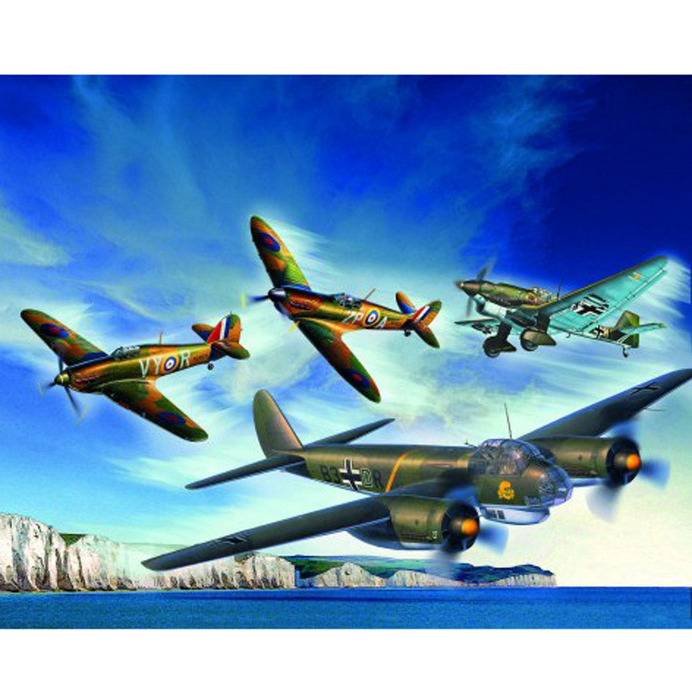 REVELL GIFT SET 80TH ANNIVERSARY BATTLE OF BRITAIN 1:72 SCALE 05691
