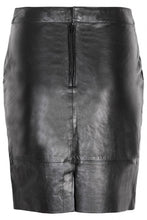 Last inn bildet i Galleri-visningsprogrammet, Gestuz Char Mini Leather Skirt Sort