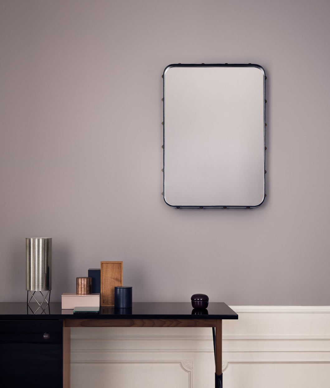 Gubi Adnet Rectangulaire Wall Mirror 70x50 Black