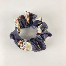 Load image into Gallery viewer, Set of 3 scrunchies