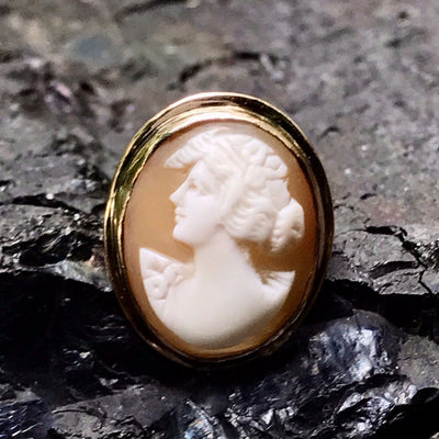 Cameo ring Victorian, 1830s to 1900s