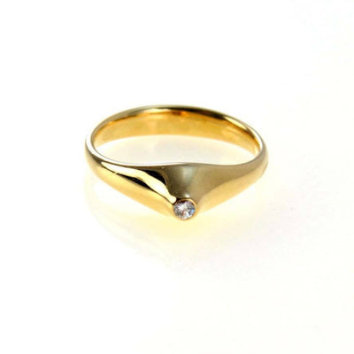 Elsa Peretti Tiffany & Co Solitaire Diamond 18k Gold Stackable Ring Vintage, 1930s to 1980s