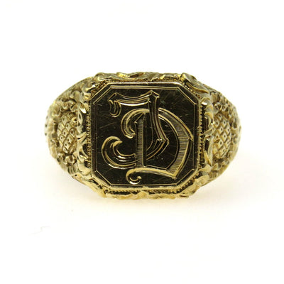 Men's Victorian Signet Ring 14k Gold Exquisitely Carved Victorian, 1830s to 1900s