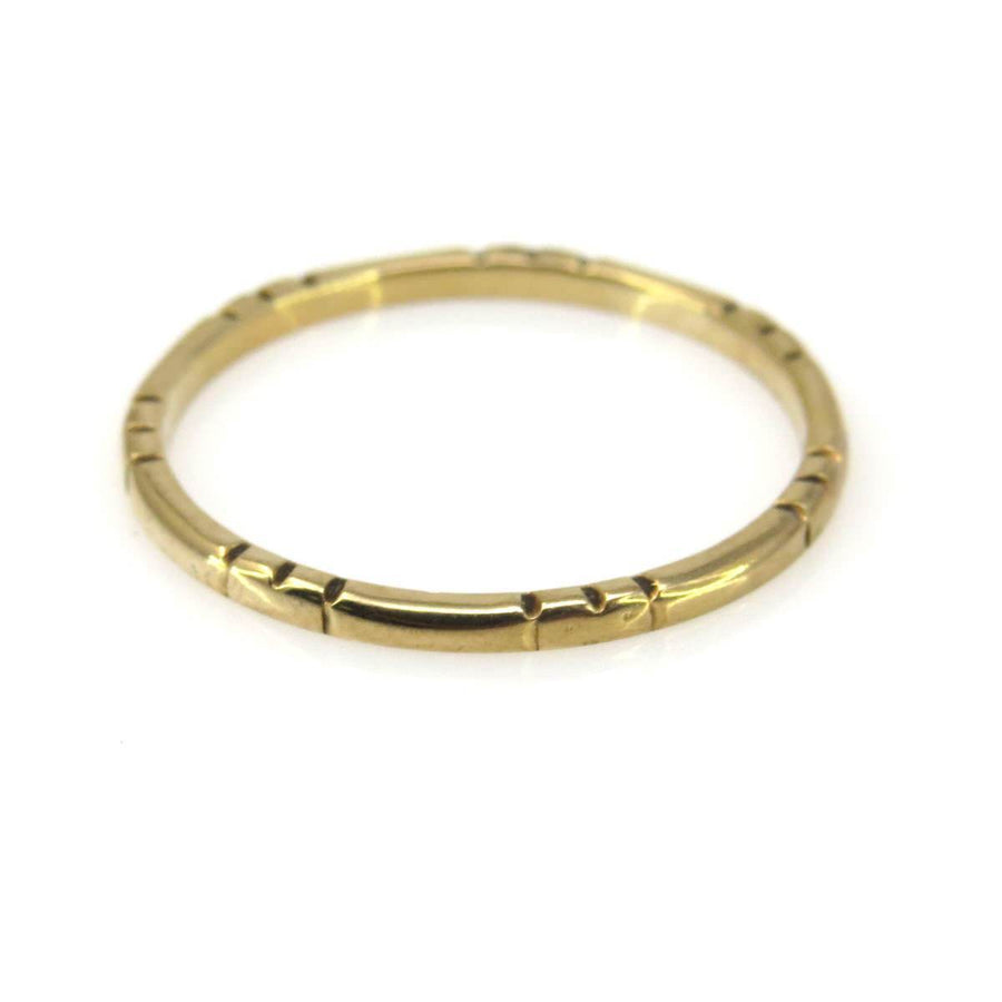 985b604e37b Thin Stackable Solid Gold Band Ring with Patterned Profile Vintage