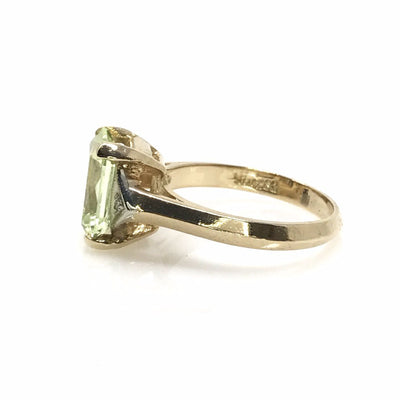 Yellow Gold Celadon Green Topaz Ring Vintage, 1930s to 1980s