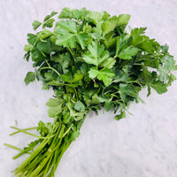 Continental Parsley (1 bunch)