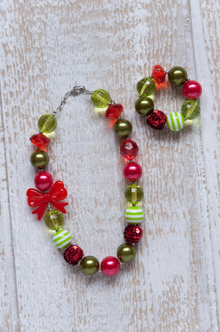 Holly Jolly Necklace Set