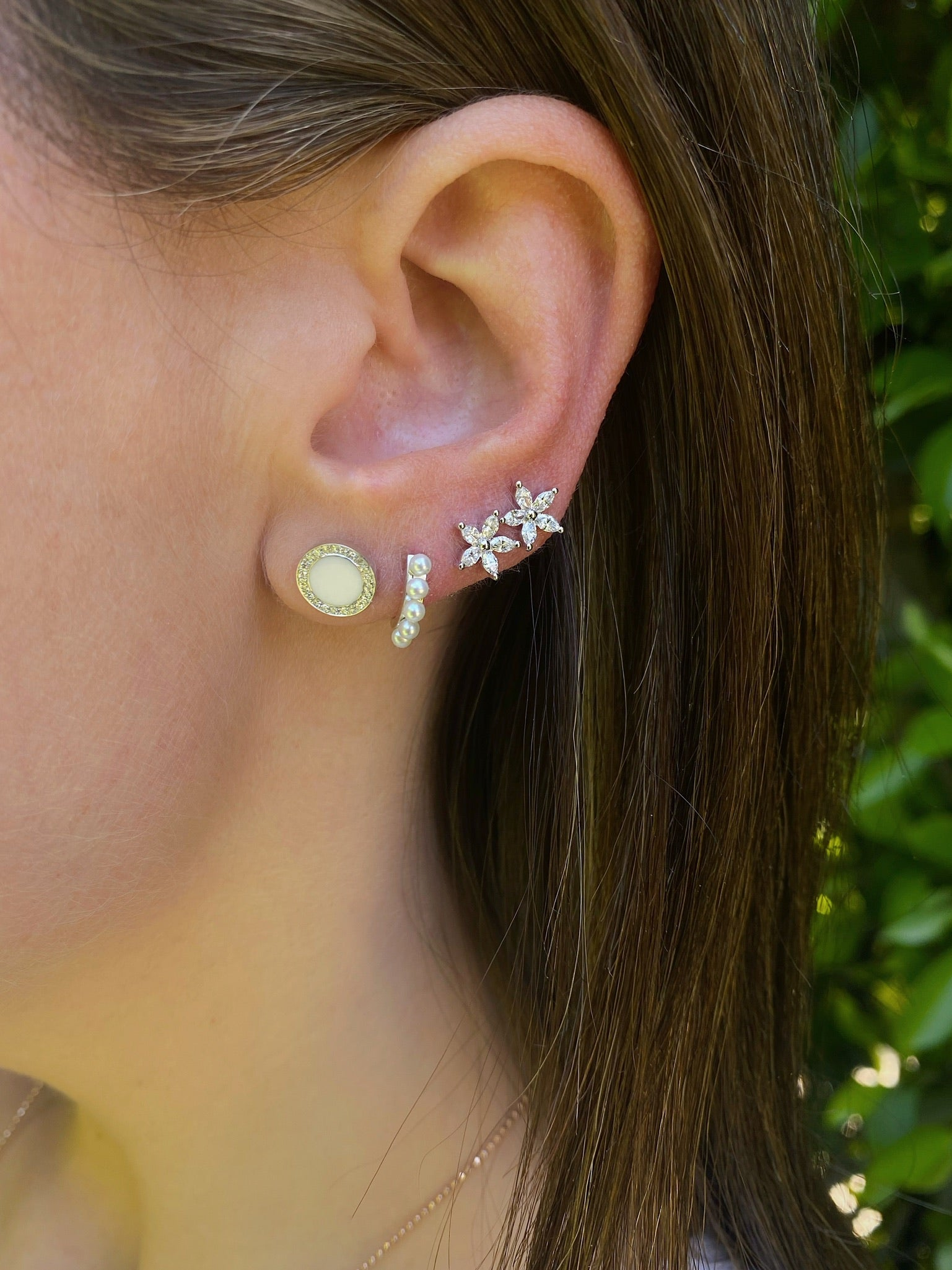 Diamond & Black Enamel Disc Stud Earring