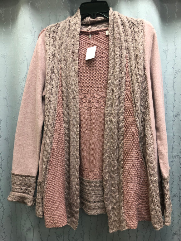 Knitted & Knotted Sweater Sz M