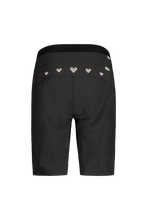 Laden Sie das Bild in den Galerie-Viewer, LiviaM. Shorts black back Maloja bei Sport Raith