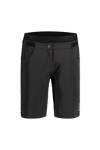 Laden Sie das Bild in den Galerie-Viewer, LiviaM. Shorts black front Maloja bei Sport Raith
