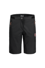Laden Sie das Bild in den Galerie-Viewer, AzaleaM. Shorts black front Maloja bei Sport Raith