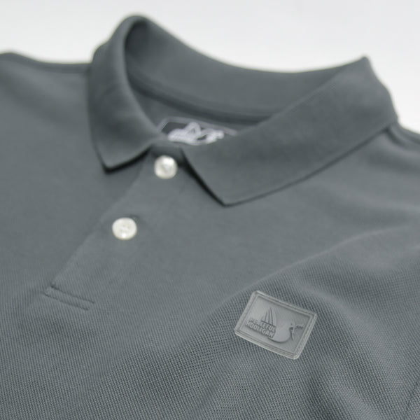Quinn Polo Iron - Peaceful Hooligan
