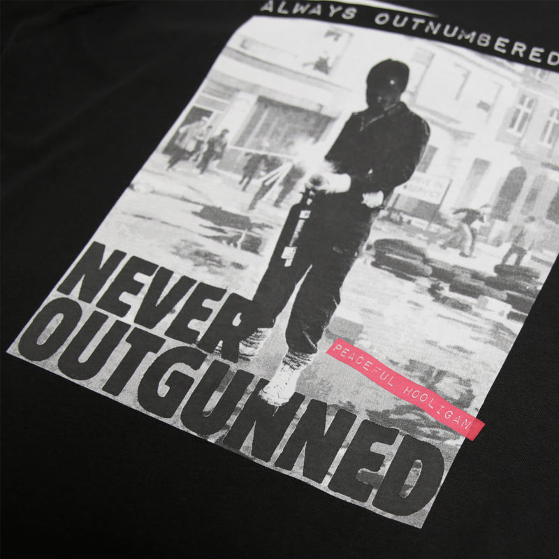 Outnumbered T-Shirt Black - Peaceful Hooligan