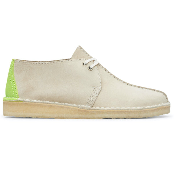 Clarks Originals Desert Trek Shoes Off White Suede - Peaceful Hooligan