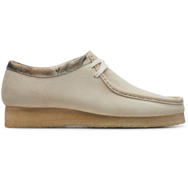 Clarks Originals Wallabee Shoes Off White - Peaceful Hooligan