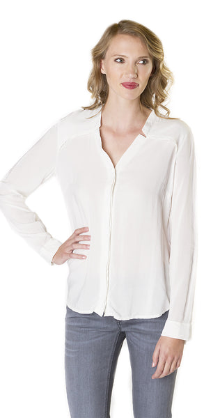 Splendid Long Sleeve Button Down in Pearl