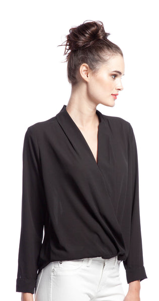 Tbags Los Angeles Long Sleeve Drape Top in Black