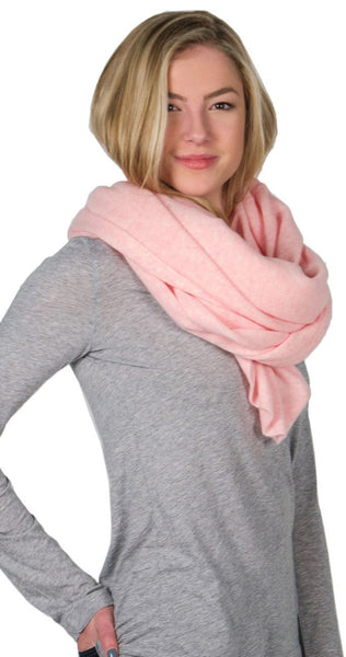 White + Warren Cashmere Travel Wrap in Bubblegum Heather