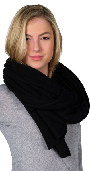 White + Warren Cashmere Travel Wrap in Black