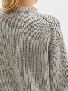 BASSIKE Chunky Crew Neck Knit