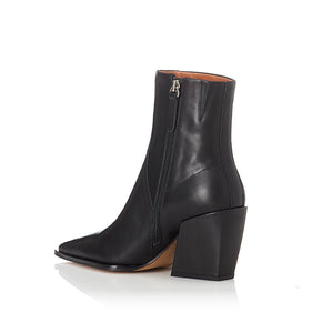 ALIAS MAE Knight Boot