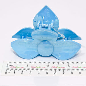 Blue Pastel Colored 3 Petal Flower Clamp