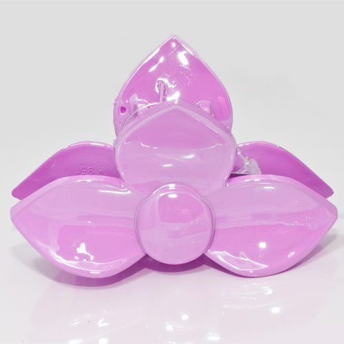 Pastel Colored 3 Petal Flower Clamp