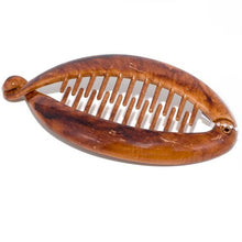 Load image into Gallery viewer, Small Pearlised Natural Brown Finish Plastic Banana Fish Clip