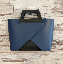 Load image into Gallery viewer, Italian Leather 'Origami' Bag