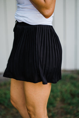 Graceful Love Black Pleated Shorts