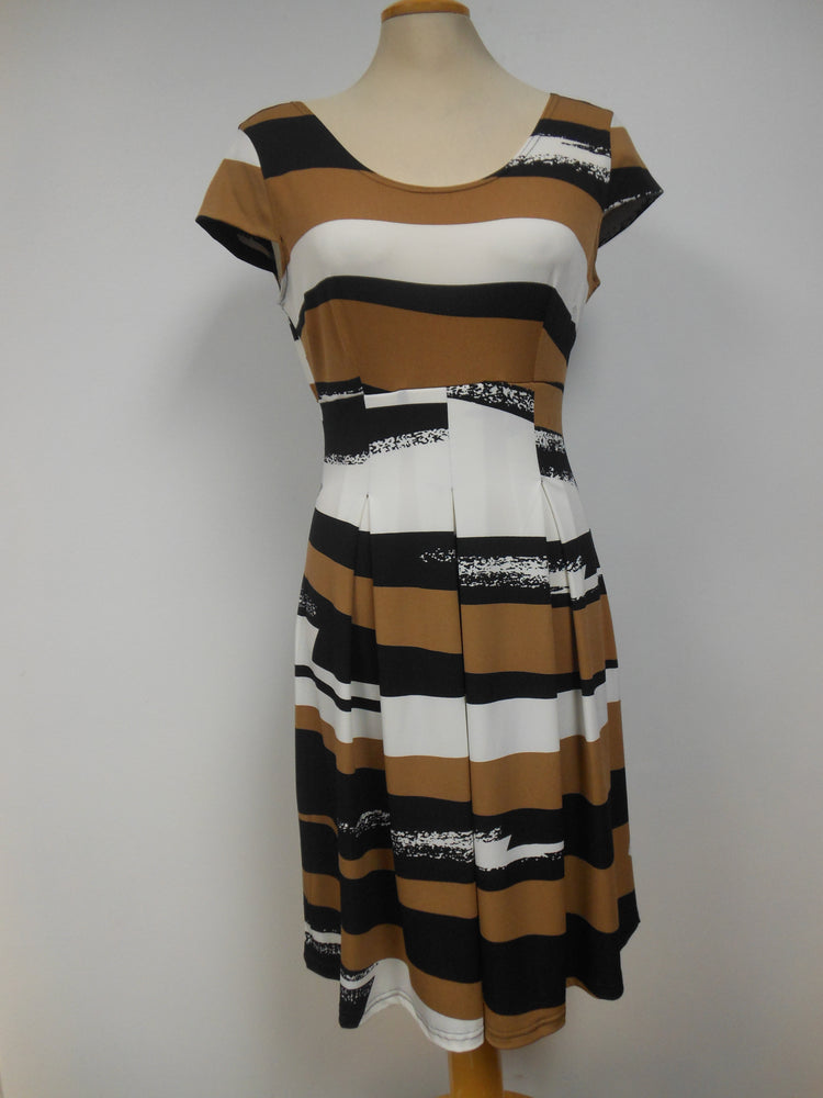 Pretty Woman Panel Dress, Tan Multi