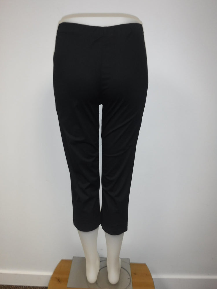 Orientique cotton stretchy capri,  One left, size  XS