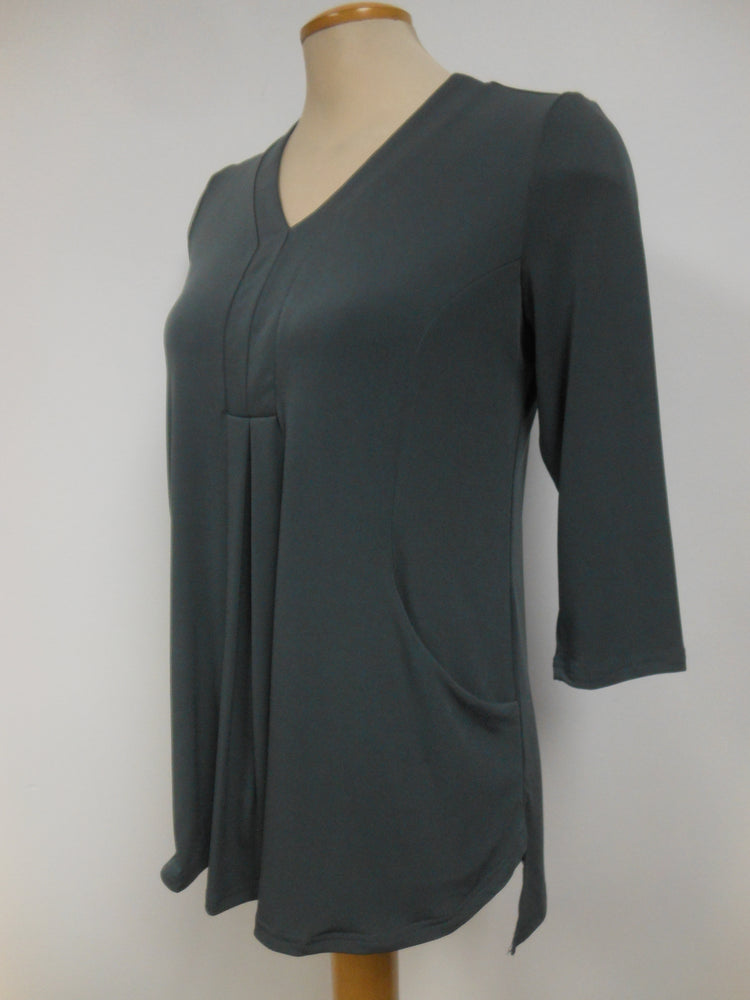 Pretty Woman Pocket Top, Charcoal