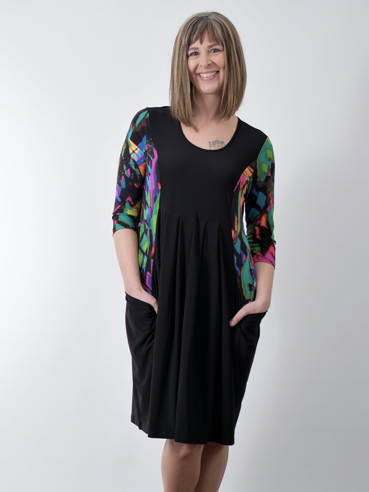 Pretty Woman Pocket Dress, Black Multi Color
