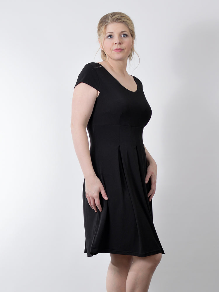 Pretty Woman Panel Dress, Black