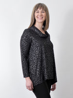 Pretty Woman 321, black embossed tunic