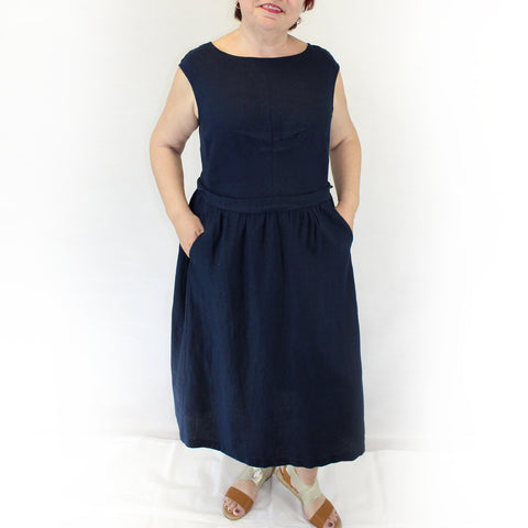 Yuvita Plus Size Linen Flax Sleeveless Pleated Dress - Navy Blue