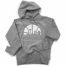 Laden Sie das Bild in den Galerie-Viewer, Skyline Hoodie