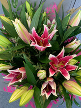 Load image into Gallery viewer, Lily hand-tied bouquet